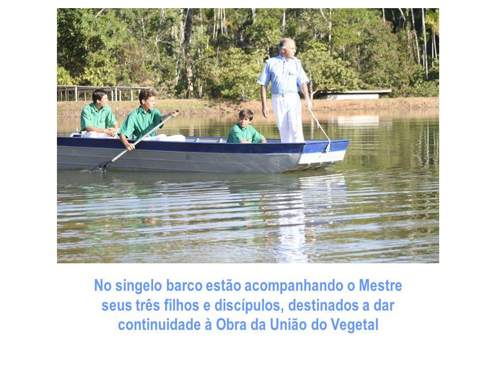 Os discípulos acompanham o Mestre quando ele se dirige à bela represa da fazenda A fim de hastear a bandeira da União do Vegetal