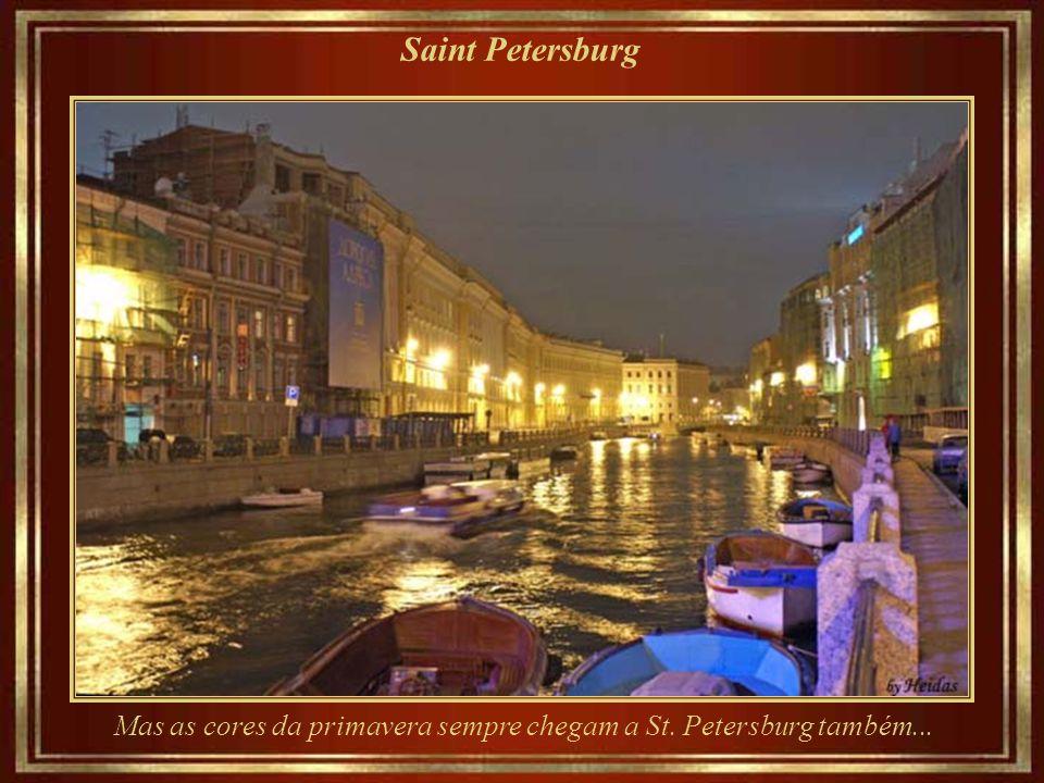 Saint Petersburg... o mesmo local... num dia de inverno...