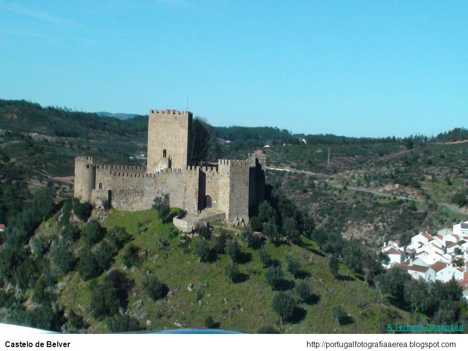 http://portugalfotografiaaerea.blogspot.comCastelo de Almourol A Terceira Dimensão