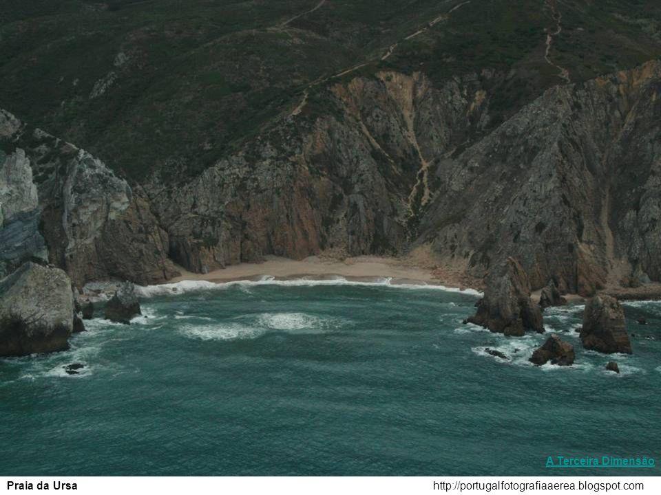 http://portugalfotografiaaerea.blogspot.comPraia da Calada A Terceira Dimensão