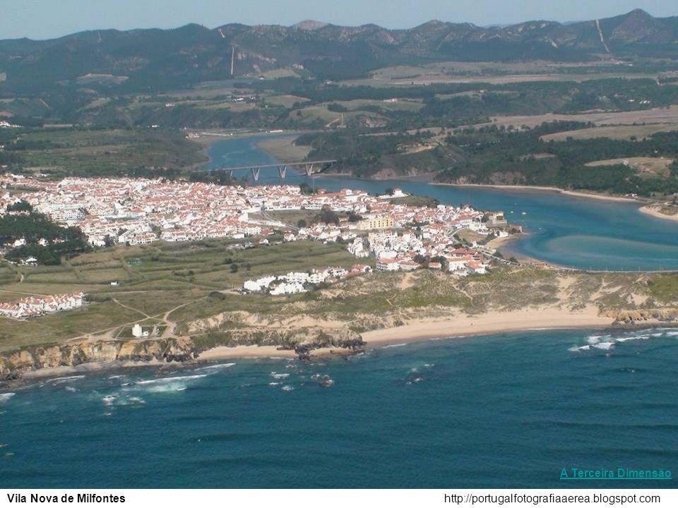 http://portugalfotografiaaerea.blogspot.comPraia da Ursa A Terceira Dimensão