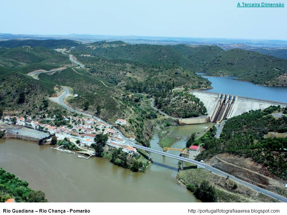 Rio Guadiana - Cascata do Pulo do Lobohttp://portugalfotografiaaerea.blogspot.com A Terceira Dimensão