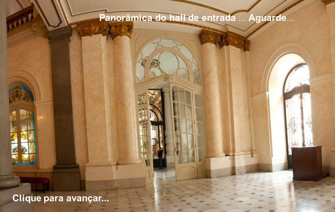 Panorâmica do hall de entrada... Aguarde... Clique para avançar...