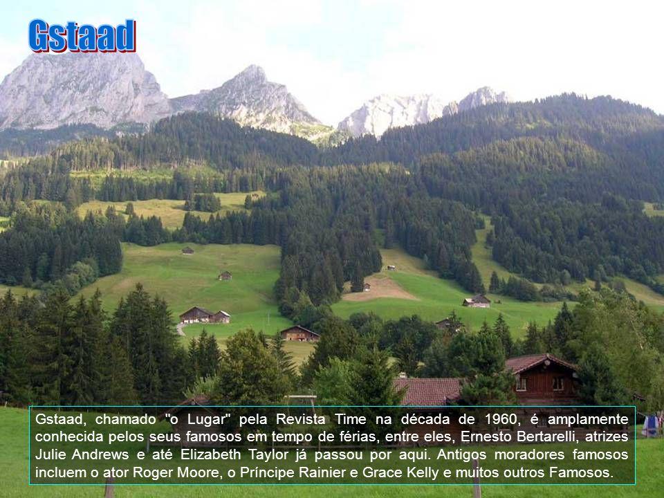 É também uma das maiores áreas de esqui nos Alpes Europeus. A cidade está localizada no Bernese Oberland nos Alpes Suíços.