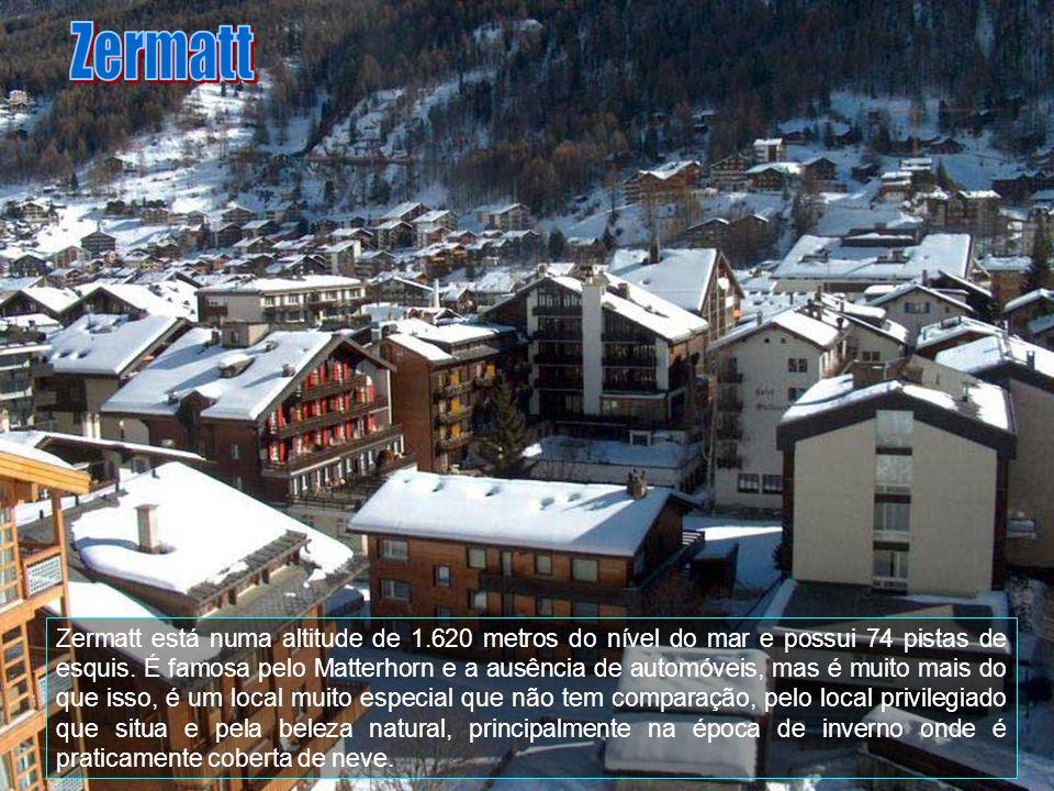 Zermatt é uma comuna da Suíça, no Cantão Valais, com cerca de 5.625 habitantes. Estende-se por uma área de 242,67 km2. Confina com as seguintes comuna