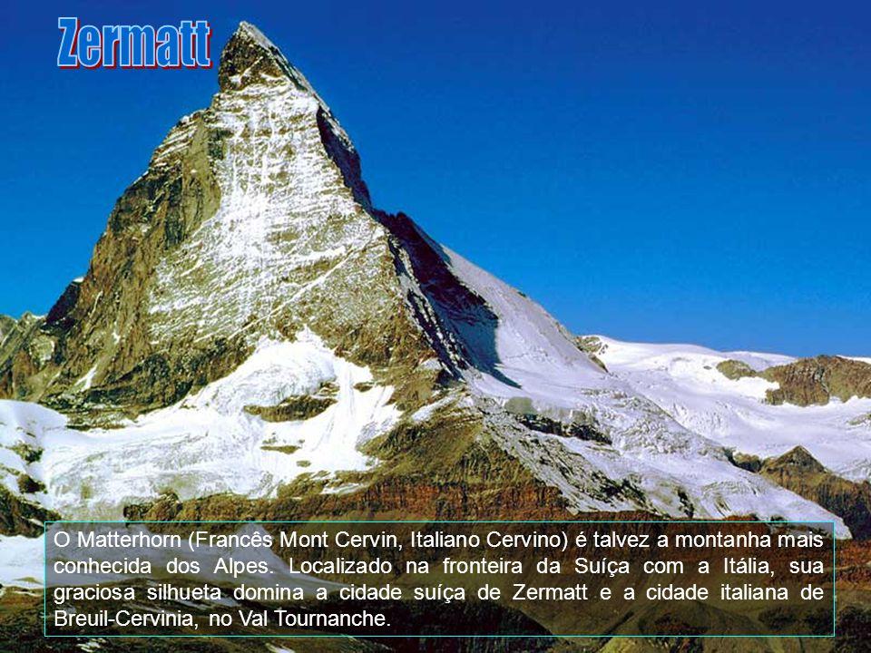 Em Zermatt, há restaurantes de primeira classe, rústicos, tradicionais, pizzarias e fast foods. A cidade também oferece discotecas, pistas de patinaçã