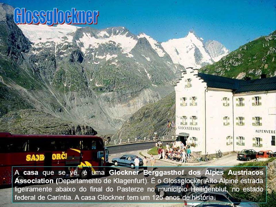 O Tirol é dominado pelos Alpes, por isso o acesso rodoviário nem sempre é fácil, mas, nas partes possíveis, a paisagem é sempre deslumbrante.