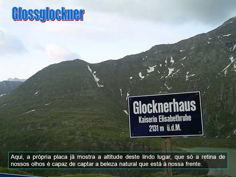 O Glossglockner é o ponto mais alto da Áustria. Tem 3.797 metros de altitude. É a segunda montanha mais proeminente dos Alpes, depois do Monte Branco