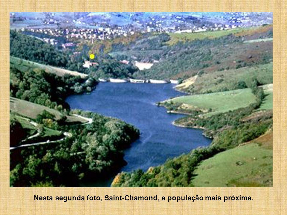 Nesta segunda foto, Saint-Chamond, a população mais próxima.
