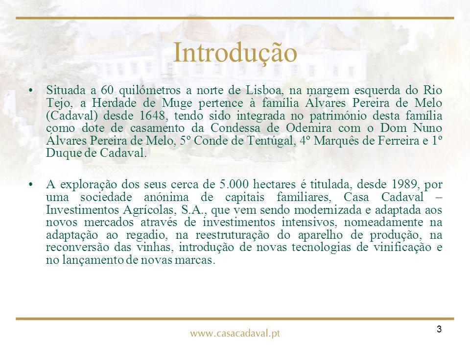 3 Introdução Situada a 60 quilómetros a norte de Lisboa, na margem esquerda do Rio Tejo, a Herdade de Muge pertence à família Álvares Pereira de Melo