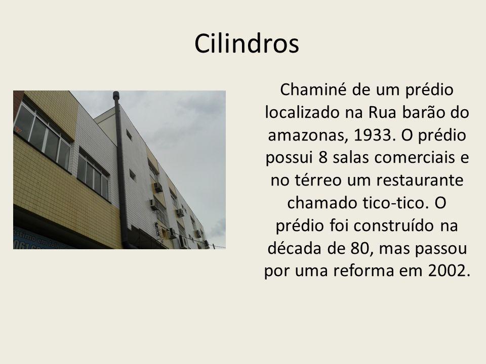 Cilindros Chaminé de um prédio localizado na Rua barão do amazonas, 1933.