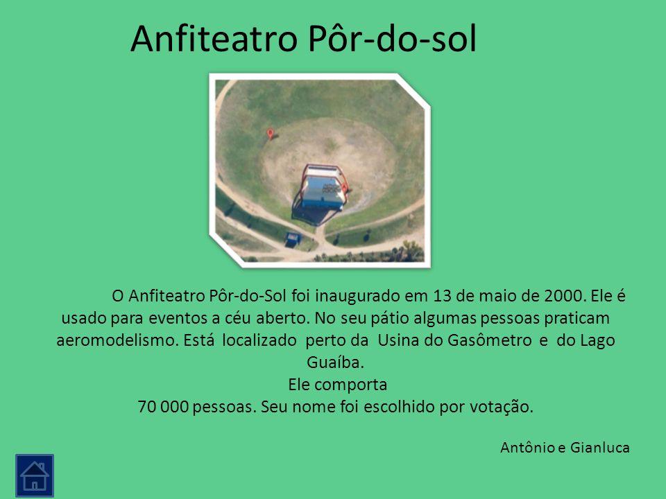 Anfiteatro Pôr-do-sol O Anfiteatro Pôr-do-Sol foi inaugurado em 13 de maio de 2000. Ele é usado para eventos a céu aberto. No seu pátio algumas pessoa
