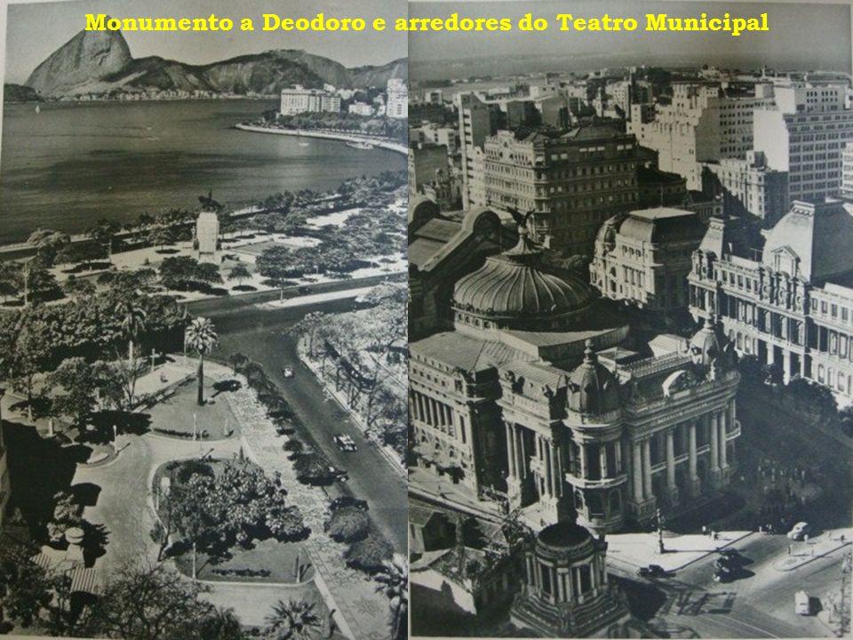 Monumento a Deodoro e arredores do Teatro Municipal
