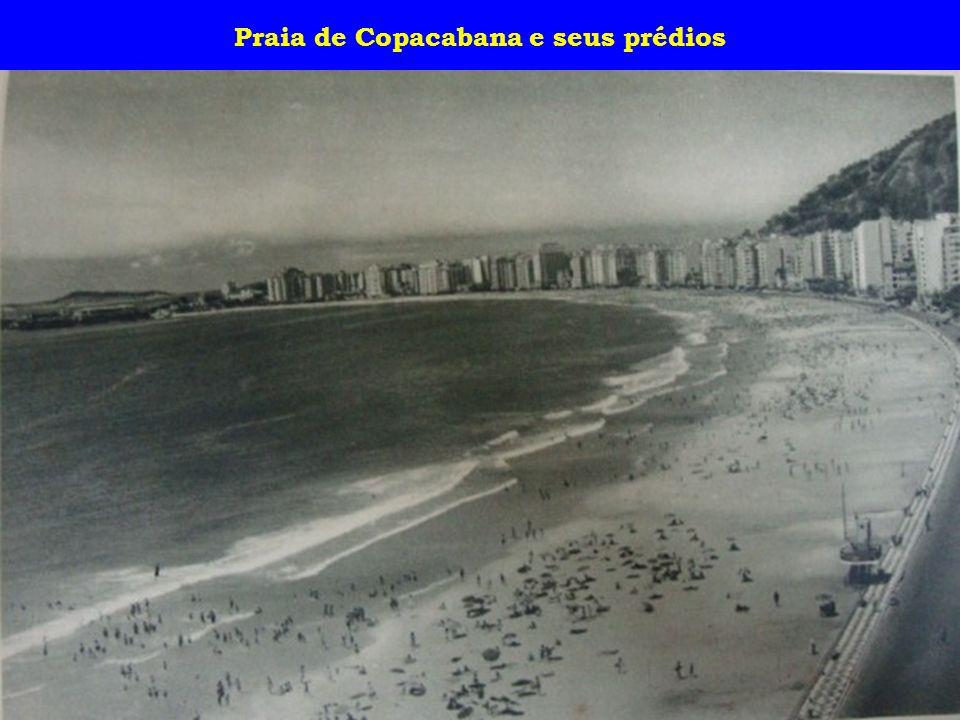 Praia de Copacabana e seus prédios