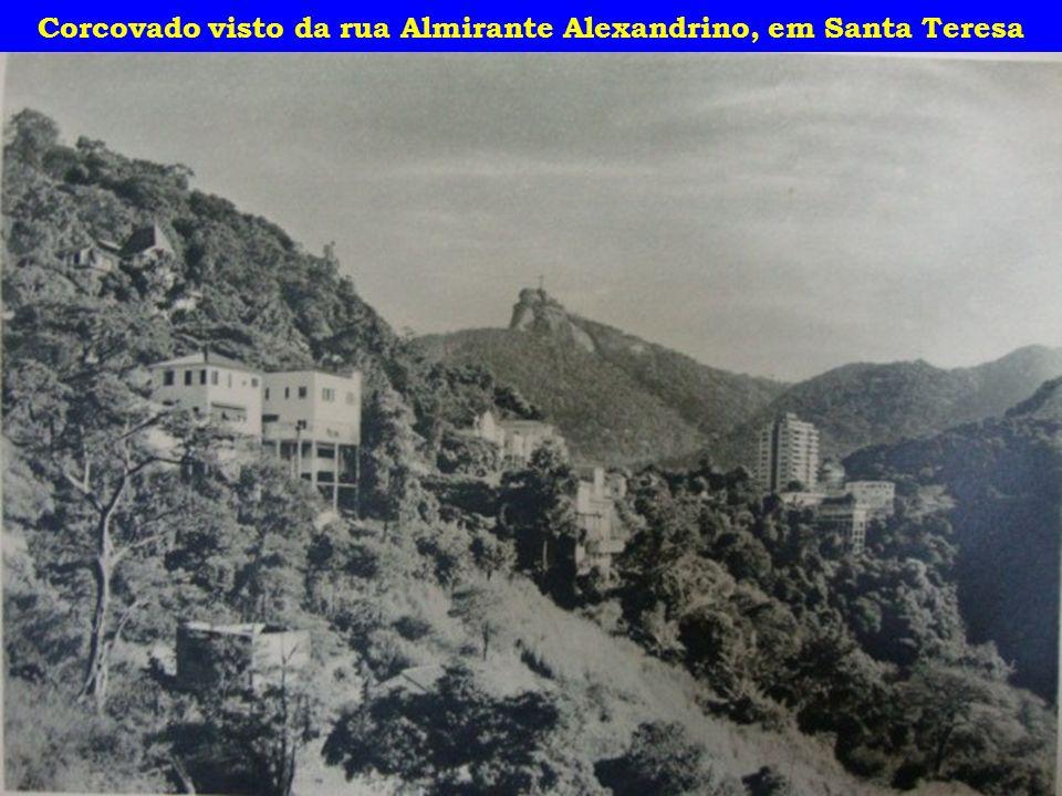 Corcovado visto da rua Almirante Alexandrino, em Santa Teresa