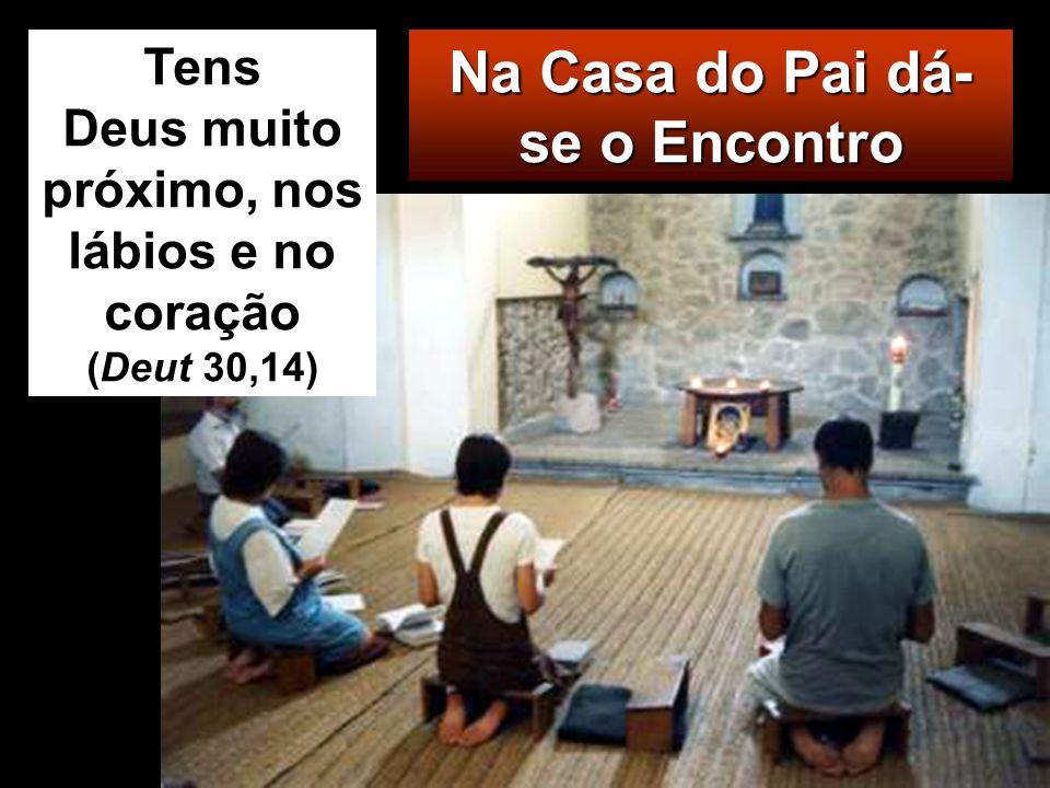 Fez então um chicote de cordas e expulsou-os a todos do templo, com as ovelhas e os bois; deitou por terra o dinheiro dos cambistas e derrubou-lhes as