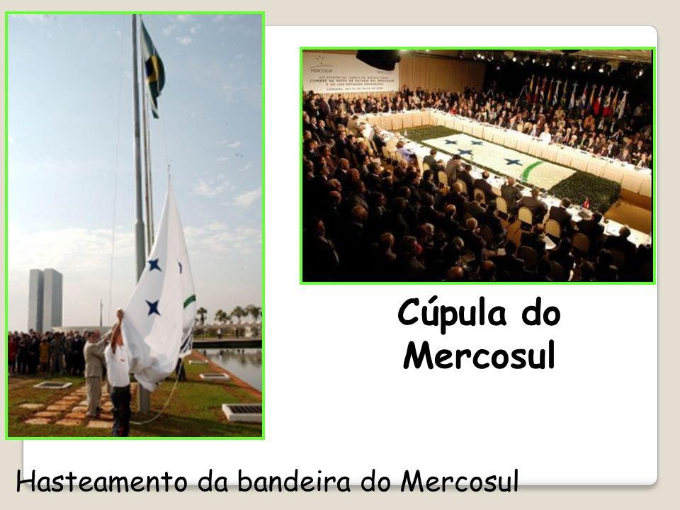 Cúpula do Mercosul Hasteamento da bandeira do Mercosul