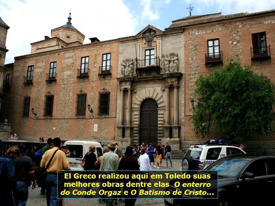 Cidade do pintor El Greco, que aqui fixou residência no séc. XVI e onde produziu suas melhores obras, muitas delas expostas no Museu do Prado, em Madr