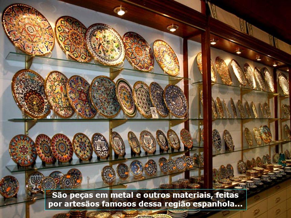 Toledo é uma cidade rica em artesanato, especialmente os metálicos, famosa pela qualidade do seu aço...