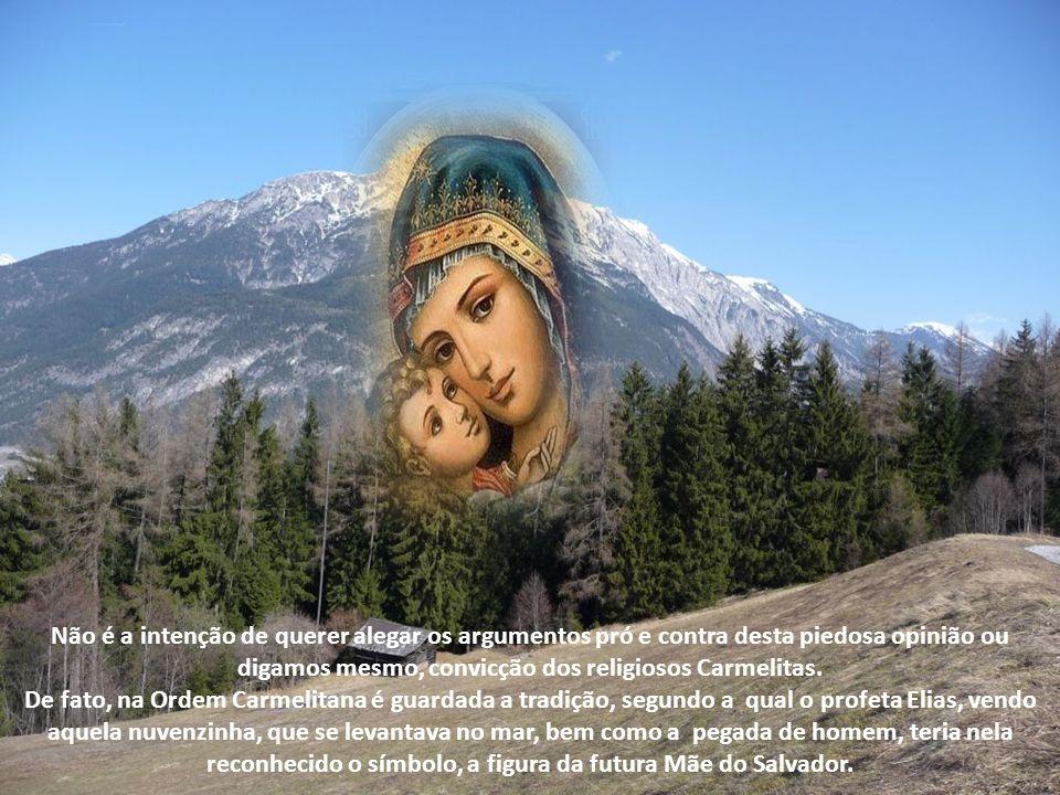 Está fora de dúvida que o paganismo anti-cristão não estava sem conhecimento das promessas messiânicas. A Mãe do Salvador vemo-la preconizada pelas Si