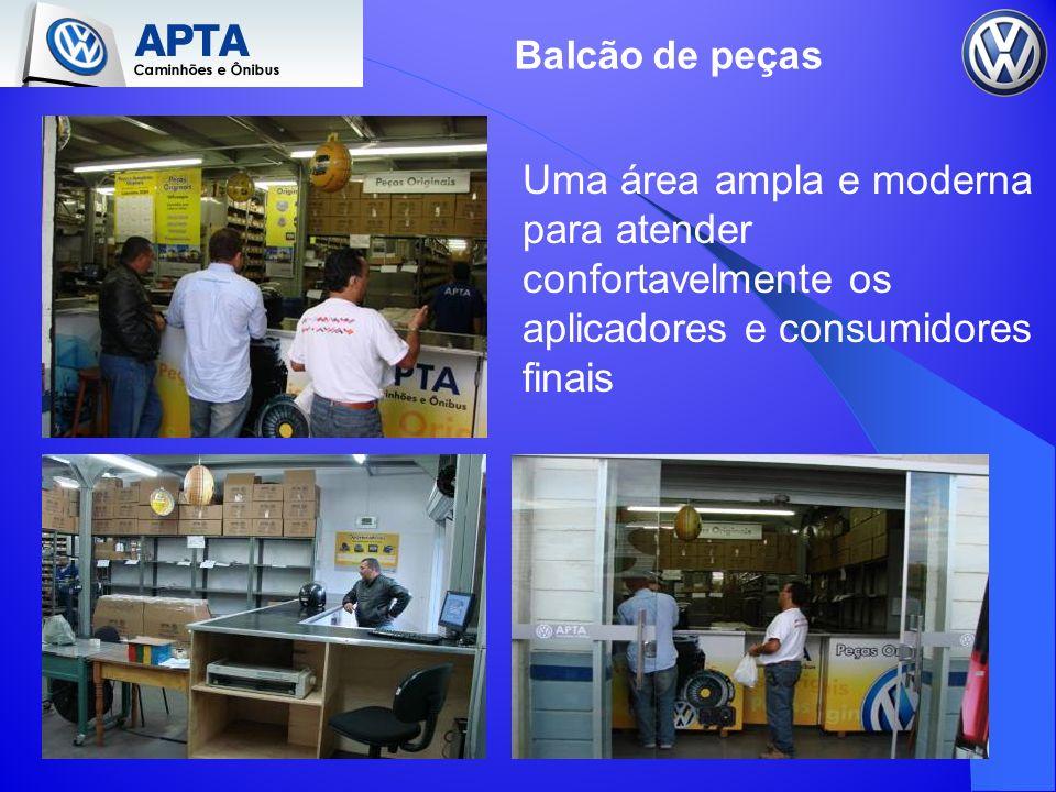 Balcão de peças Uma área ampla e moderna para atender confortavelmente os aplicadores e consumidores finais
