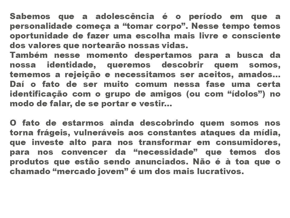 Redija um parágrafo explicando o que você entendeu do diálogo entre Mafalda e Manoelito, na charge presente no grupo 3.