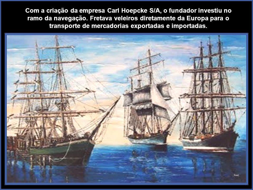 Coqueiros - Visto da ponte Hercilio Luz - onde aparece a Formiplas o Estaleiro Naval e o Fet A exportação era basicamente farinha de mandioca, banana