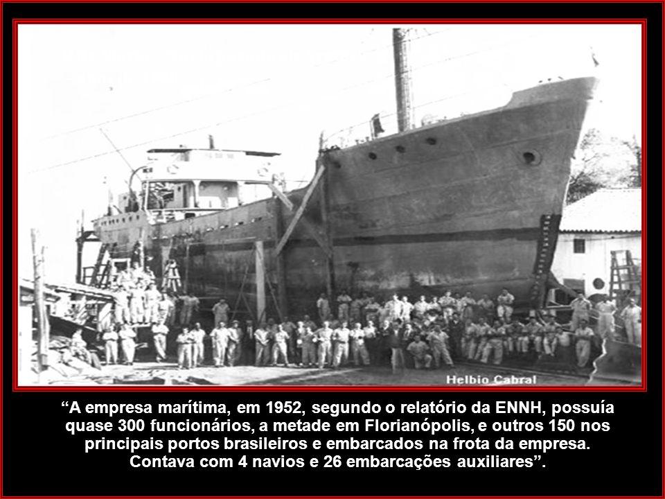 Fonte: Instituto Carl Hoepcke Na década de 40 o estaleiro Arataca produziu os famosos veleiros