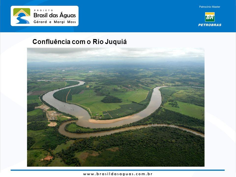 Confluência com o Rio Juquiá