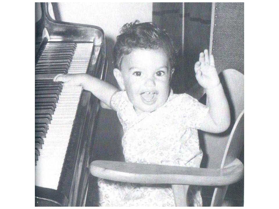 Guni era nosso filho primogênito.Para mim sempre foi o bebê mais lindo do mundo.