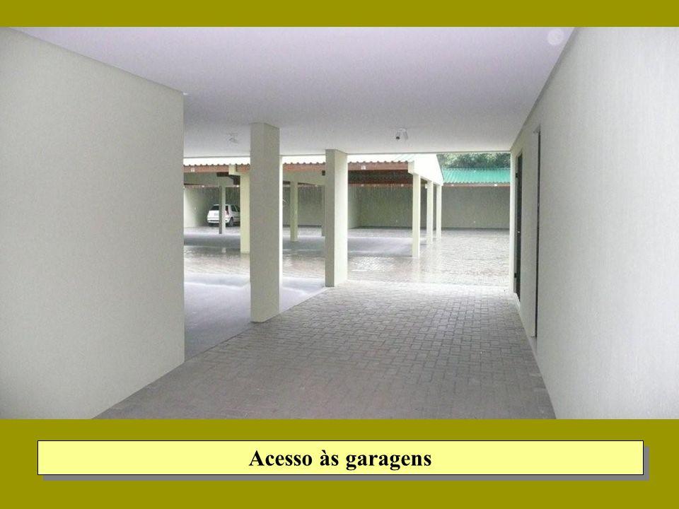 Acesso às garagens