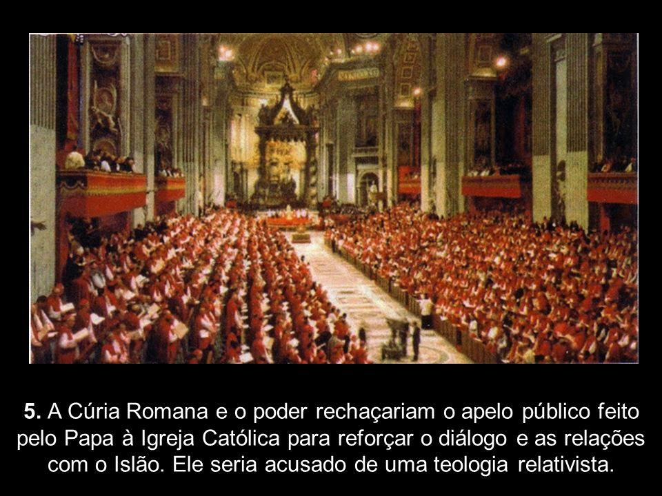4. A cúpula encastelada no Vaticano se oporia totalmente aos planos do Papa Francisco de reformar, eliminar, modificar a pompa, o ritualismo, o luxo e