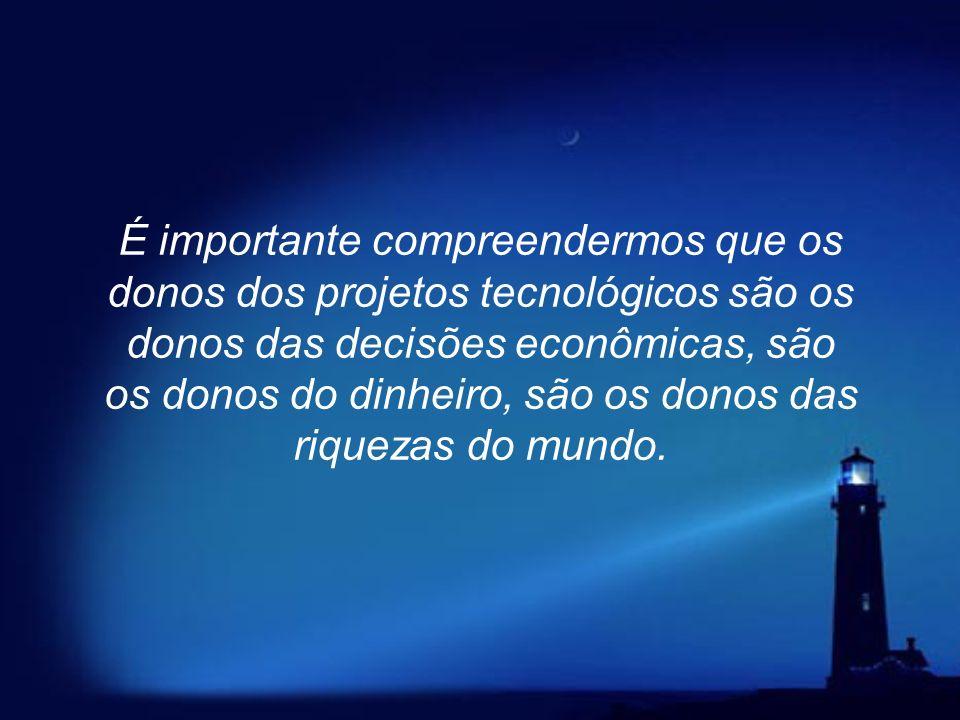 Por exemplo: o Brasil produz 5 milhões de televisores por ano e nenhum brasileiro projeta televisor. O miolo da TV, do telefone celular e de todos os