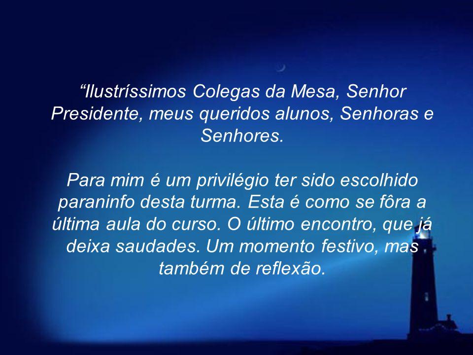 O professor da Universidade do Estado do Rio de Janeiro (UERJ), Weber Figueiredo, deu uma última aula para seus ex-alunos, em 13 de agosto de 2002. Di