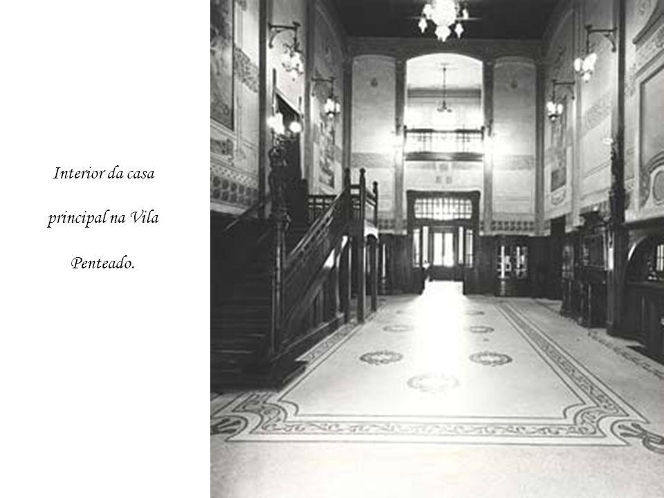 Interior da casa principal na Vila Penteado.