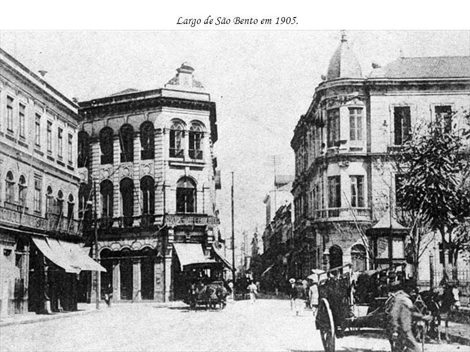 Largo de São Bento em 1905.
