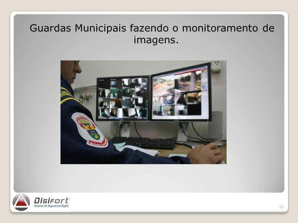 Guardas Municipais fazendo o monitoramento de imagens. 11