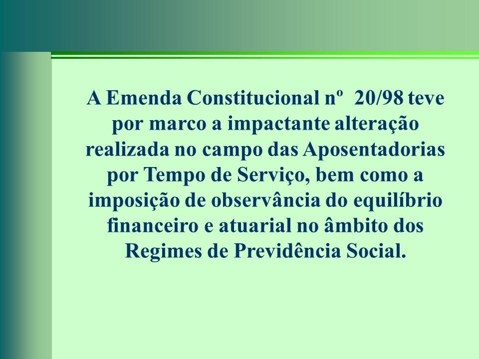 A Emenda Constitucional nº 20/98 teve por marco a impactante alteração realizada no campo das Aposentadorias por Tempo de Serviço, bem como a imposiçã