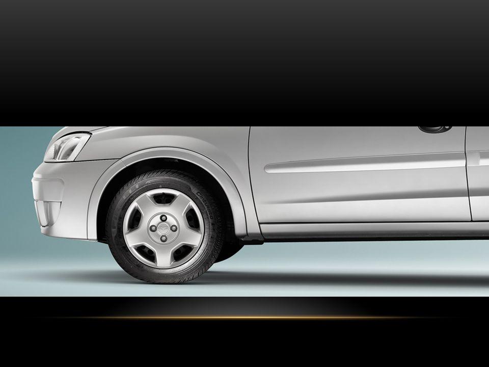 SEDAN PREMIUM R6P: R6P: Pára-choques na cor do veículo / Immobilizer System / Rodas de alimínio 14 / Pneus 185/60 R14 / Saída de 12V / Tacômetro / Vidros Verdes com Párabrisa Laminado / Moldura de proteção lateral cor do veículo / Maçaneta das portas e capas dos espelhos retrovisores na cor do veículo / Protetor de cárter / Rádio AM/FM stereo com MP3, Bluetooth, Entrada USB e entrada auxiliar / Desembaçador elétrico do vidro traseiro / Brake light / Mostrador Digital com temperatura, hora e calendário / Ar Condicionado / Direção Hidráulica / Travas elétricas / Alarme / Vidros Elétricos Dianteiros / Faróis de Neblina dianteiro e luz de neblina traseiro