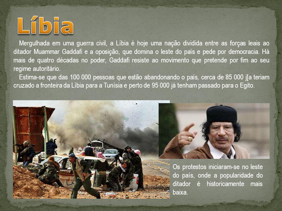 Mergulhada em uma guerra civil, a Líbia é hoje uma nação dividida entre as forças leais ao ditador Muammar Gaddafi e a oposição, que domina o leste do