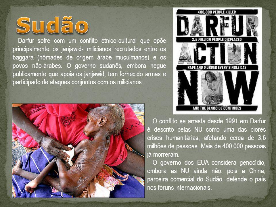 Darfur sofre com um conflito étnico-cultural que opõe principalmente os janjawid- milicianos recrutados entre os baggara (nômades de origem árabe muçu