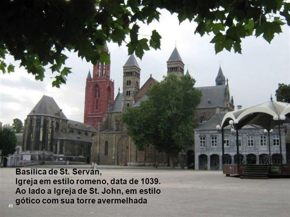 Basílica de St.Servan, Igreja em estilo romeno, data de 1039.