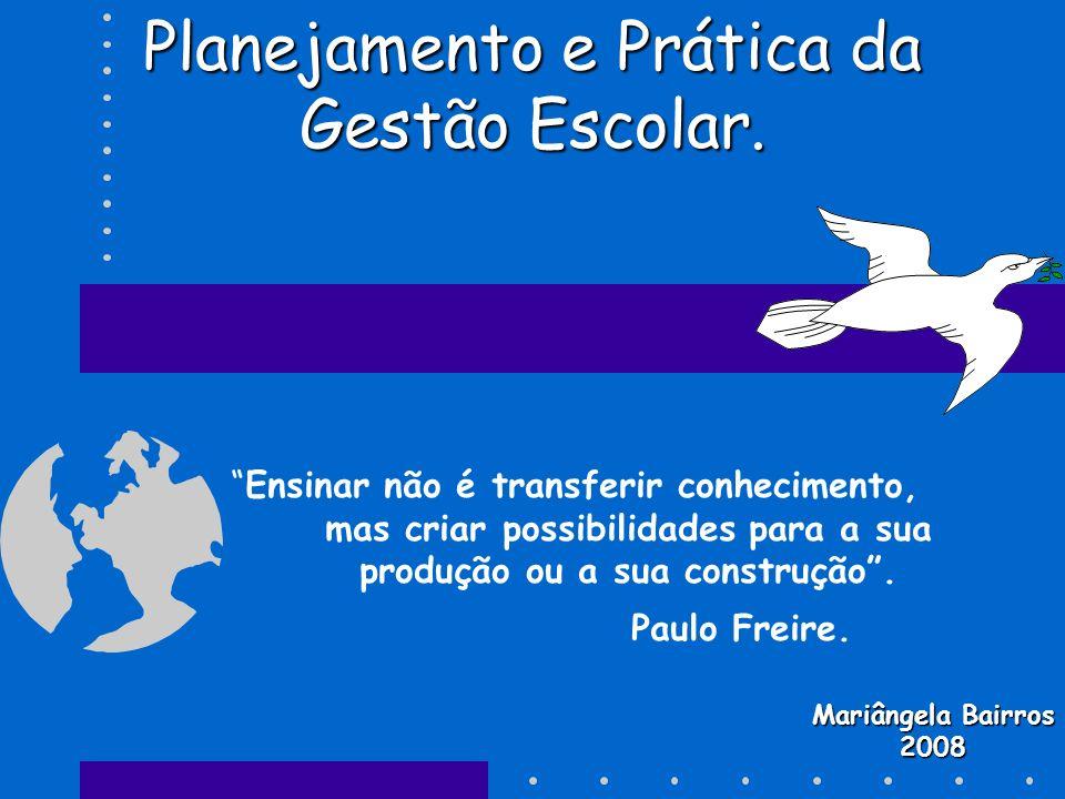 PLANEJAMENTO ESCOLAR O Plano deve ser um instrumento para a ação: O plano é um guia de orientação O plano é um guia de orientação Deve ser flexível, estar sujeito à modificações Deve ser flexível, estar sujeito à modificações O plano deve ter uma ordem seqüencial progressiva- passos- lógica O plano deve ter uma ordem seqüencial progressiva- passos- lógica Deve primar pela objetividade Deve primar pela objetividade Deve ter coerência entre as idéias e a prática Deve ter coerência entre as idéias e a prática