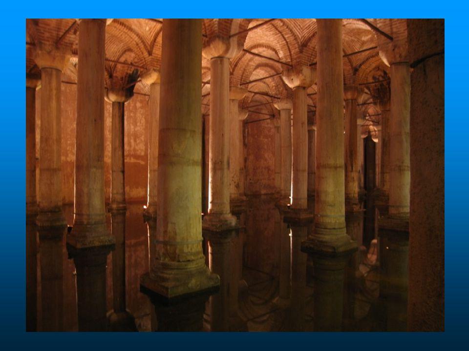 A água para abastecer a cisterna era trazida de uma distância de 19km, por aquedutos.