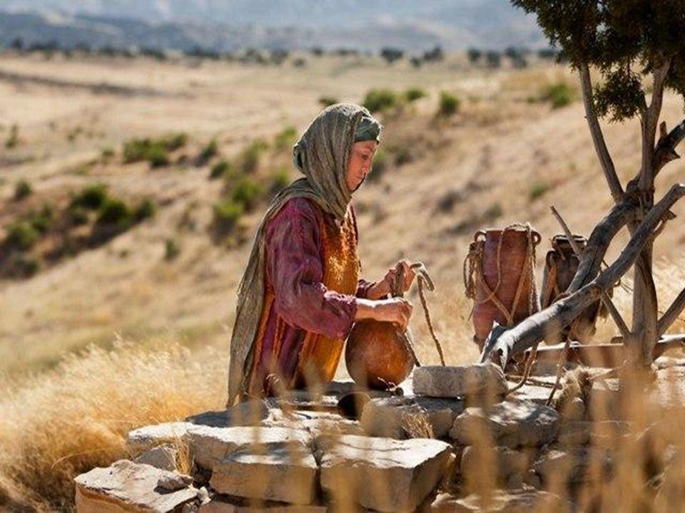 A primeira leitura mostra como Jahwéh acompanhou a caminhada dos hebreus pelo deserto do Sinai e como, nos momentos de crise, respondeu às necessidade