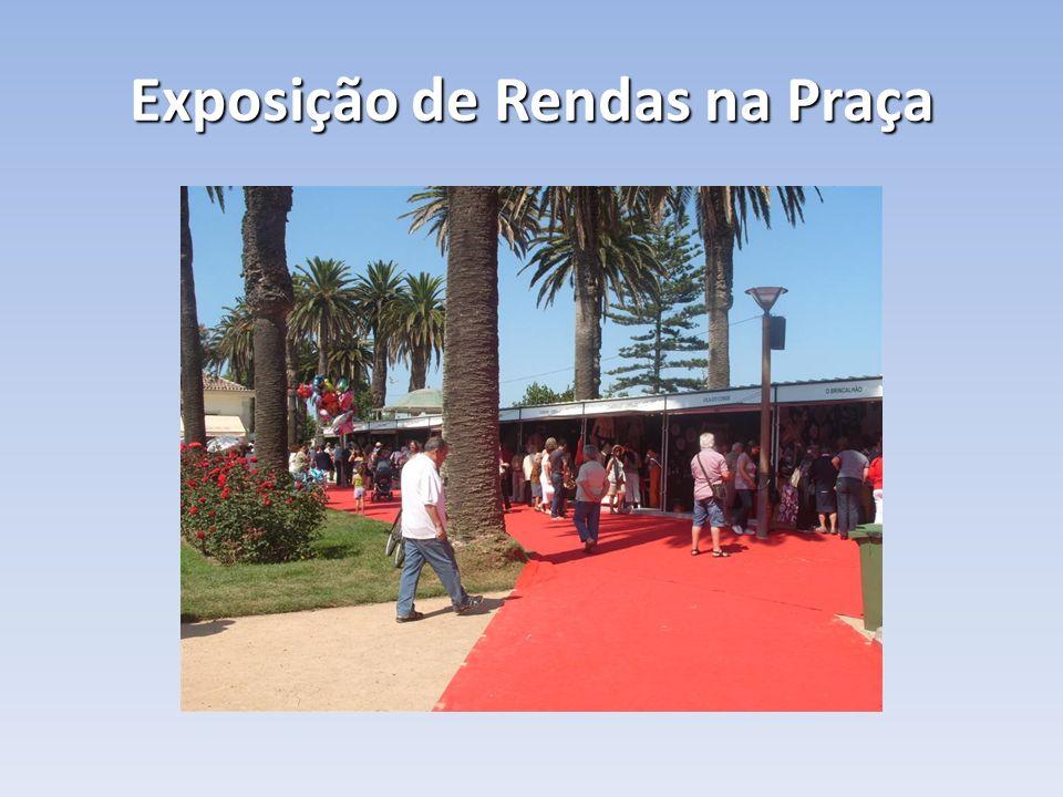 Exposição de Rendas na Praça