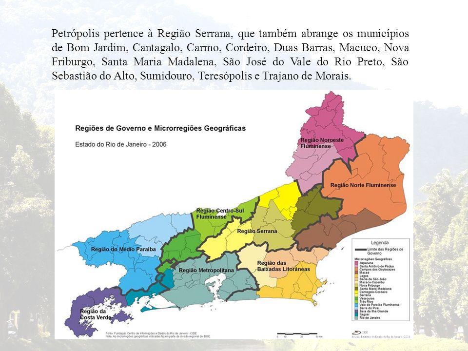 Petrópolis pertence à Região Serrana, que também abrange os municípios de Bom Jardim, Cantagalo, Carmo, Cordeiro, Duas Barras, Macuco, Nova Friburgo,
