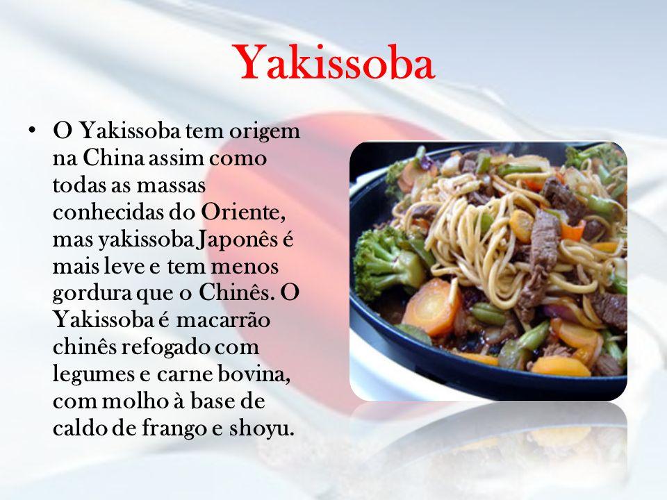 Yakissoba O Yakissoba tem origem na China assim como todas as massas conhecidas do Oriente, mas yakissoba Japonês é mais leve e tem menos gordura que
