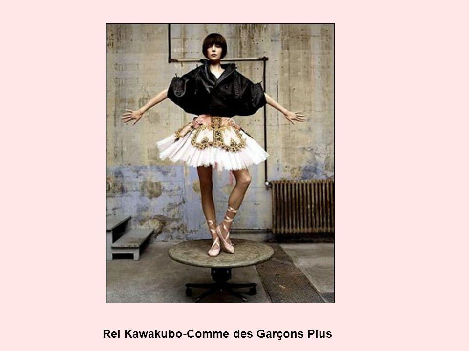 Rei Kawakubo-Comme des Garçons Plus