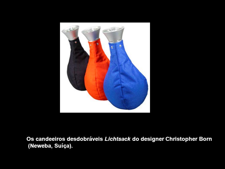 Os candeeiros desdobráveis Lichtsack do designer Christopher Born (Neweba, Suíça).